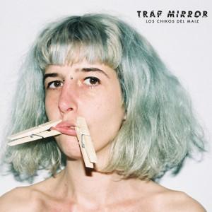Deltantera: Los chikos del maíz - Trap mirror