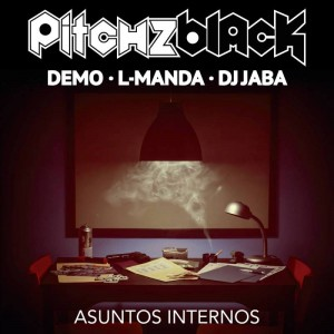Deltantera: Pitchzblack - Asuntos internos