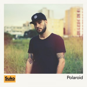 Deltantera: Suko - Polaroid