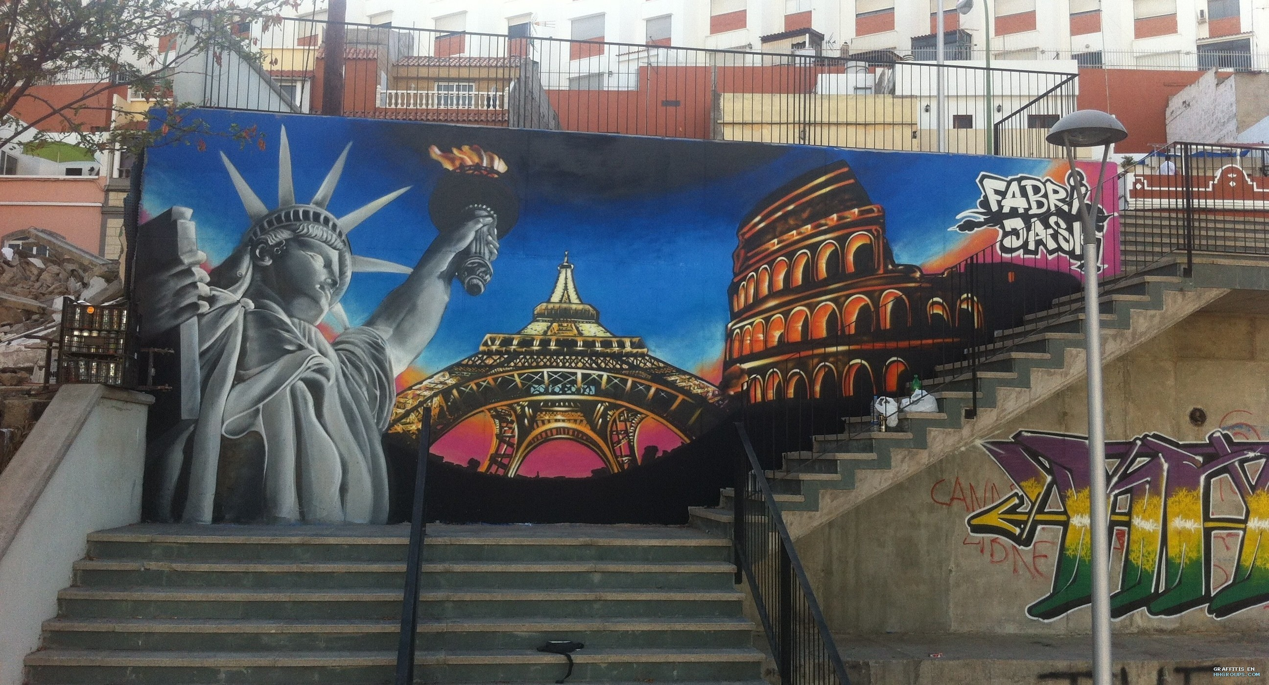 Graffiti de fabrizio y jask en las palmas de gran canaria for Cristalerias en las palmas de gran canaria
