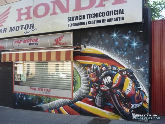 The Mika Shirt en Sevilla